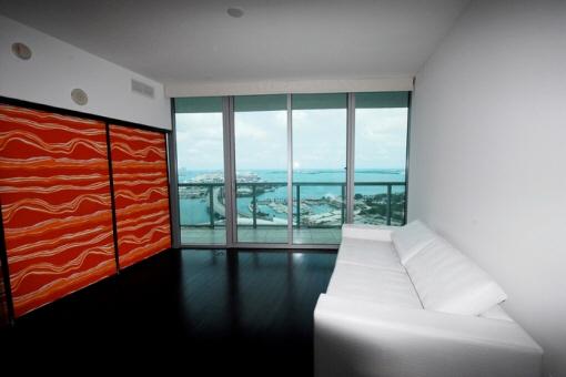 Marina Blue - Luxuriöse Wohnung in einem der modernsten Wolkenkratzern