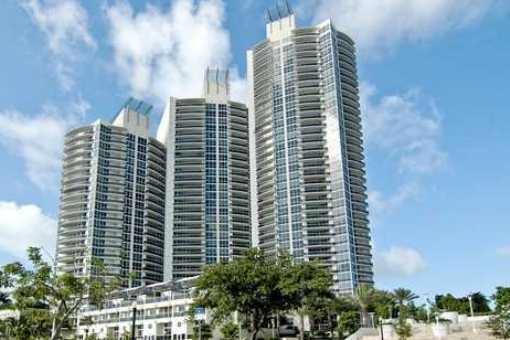Hoch über den Dächern von Miami Beach