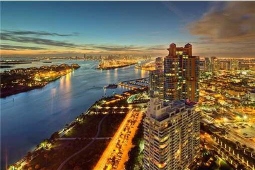 Verwirklichen Sie Ihren Traum von einer Penthauswohnung in Miami Beach