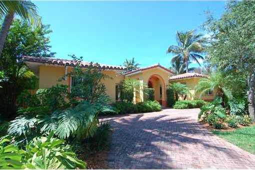 Einzigartige Villa mit atemberaubender Aussicht in Key Biscayne