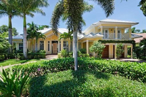 Wunderschönes mehrstöckiges Haus im original Florida Stil