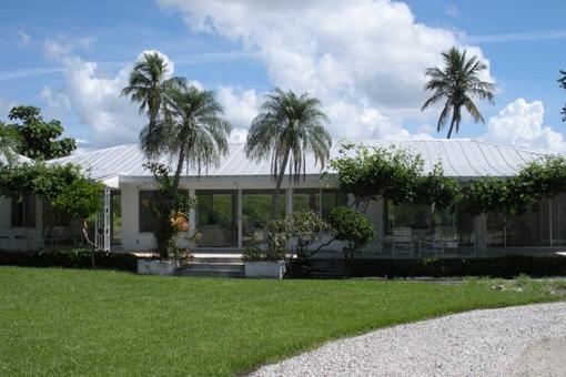 Hübsches Haus mit Garten und privatem Strandzugang in Port Royal, Naples