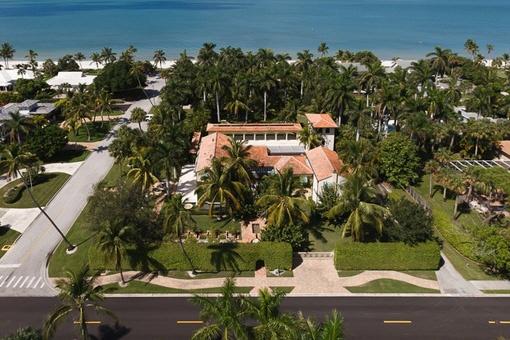 Luxuriöse Villa mit Gästehaus von Addison Minzer designet