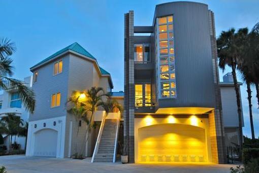 Moderne luxusvilla kaufen  Villa Bradenton: Moderne Luxusvilla an der Bucht von Sarasota in ...