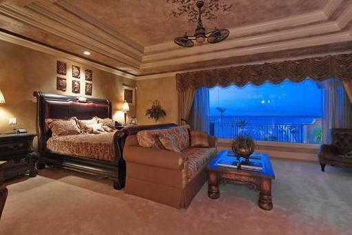 Schlafzimmer mit Blick auf den Fluss