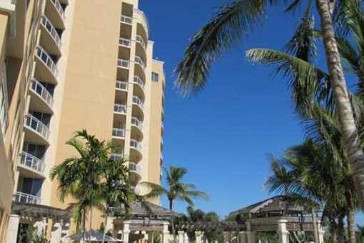 Luxuriöses Wohnen in der Ritz Carlton Beach Residence