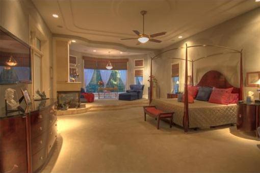 Großzügige Schlafzimmer