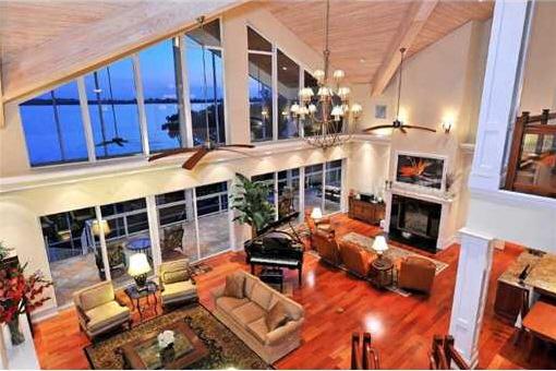 villa wohnzimmer: -florida.de/immobilien/060106-villa-bradenton-wohnzimmer.jpg
