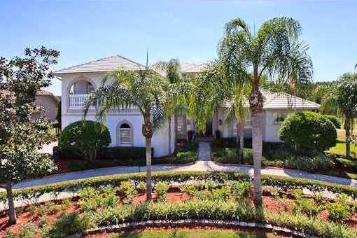 Villa Lutz: Moderne Villa mit Heimkino in Lutz in Florida kaufen