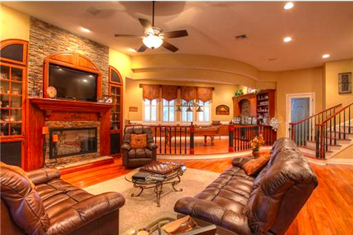 -tampa-living-area-fireplace-billiard